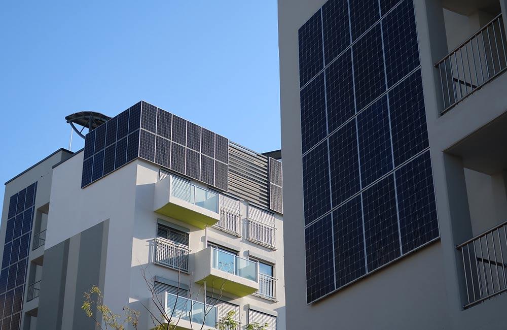 Solar-Fassaden wandeln Sonnenstrahlen in saubere Energie um